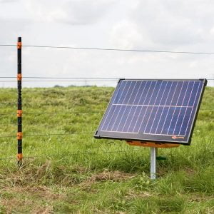 Gallagher S400 Solar Fence Energizer in use